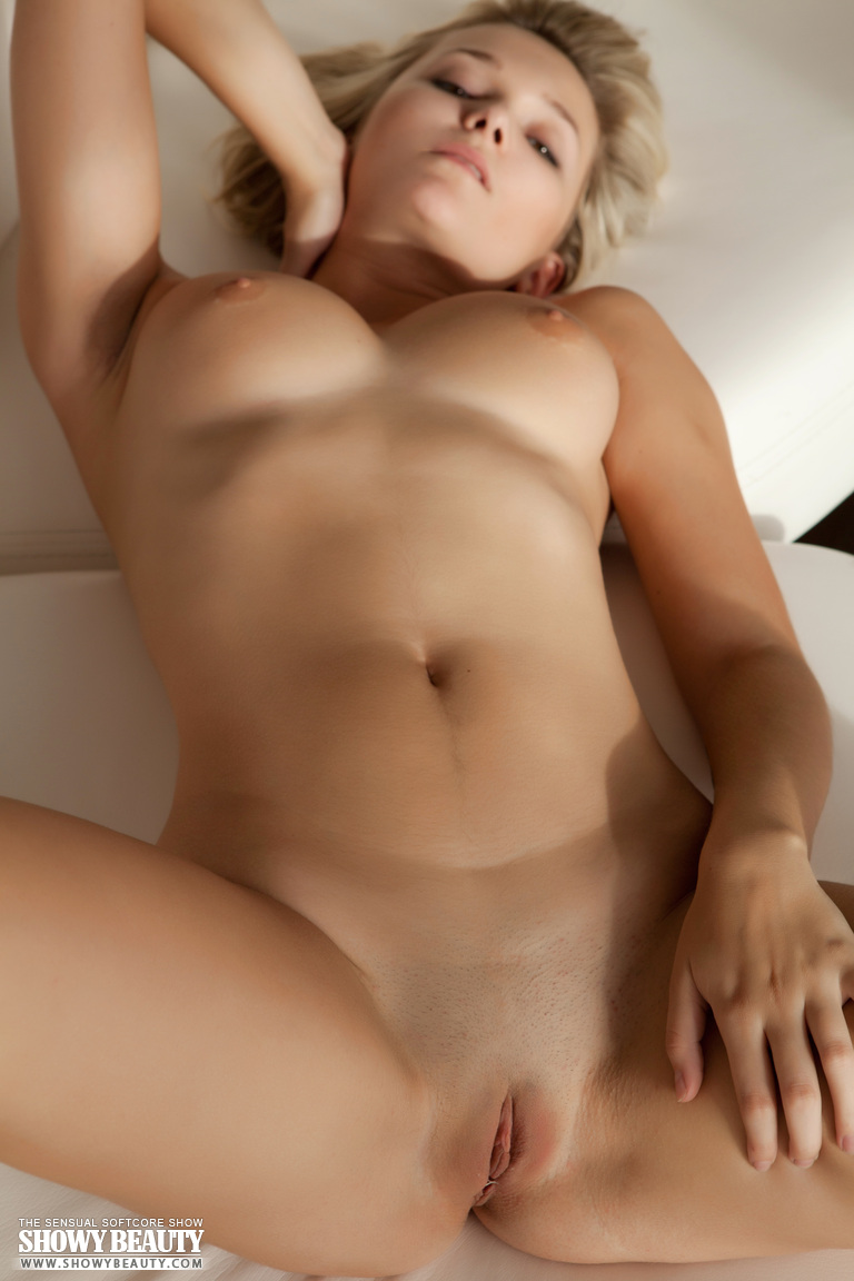 Model naked beautiful