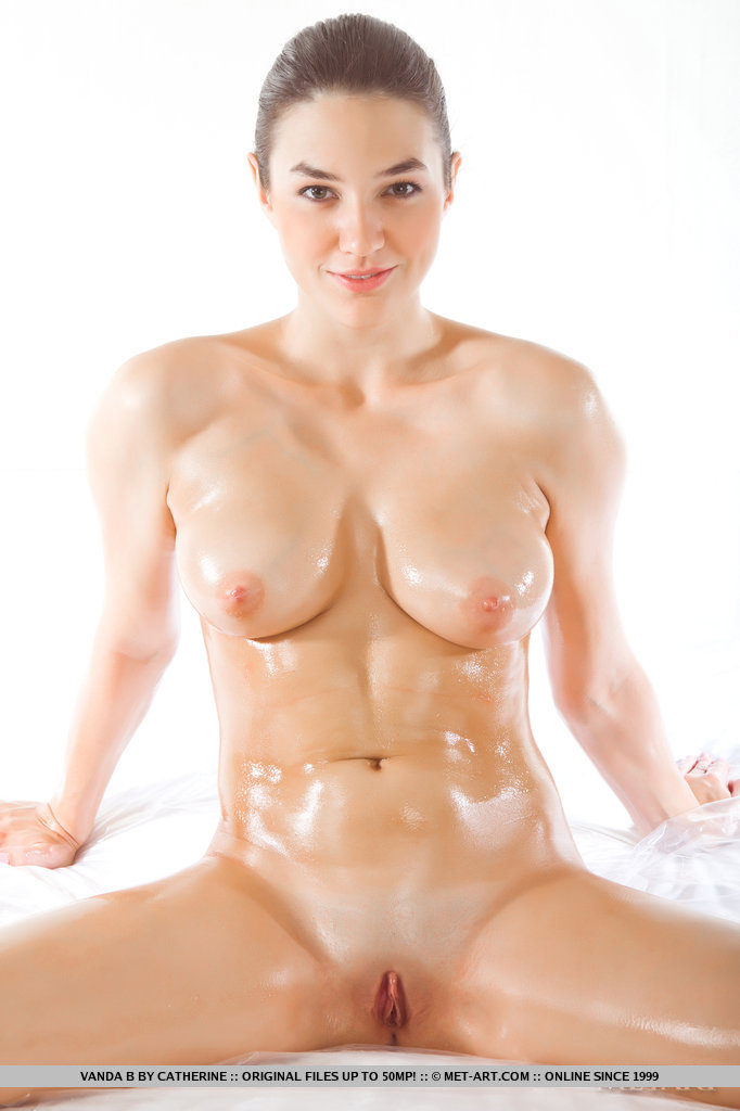 Nudes sexy oiled women