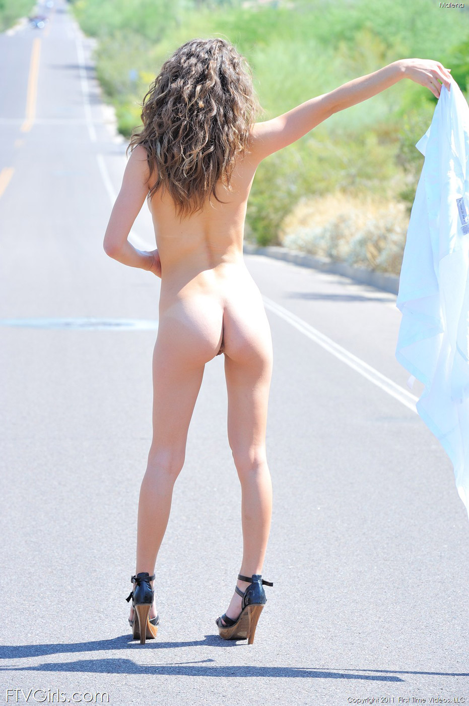 hot pale punk teen babes nude