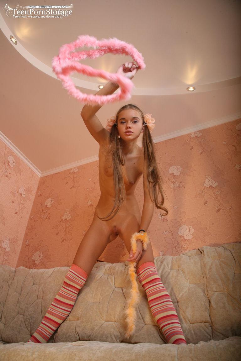 Heather Lampson Cat Goddess Nude | adanih.com