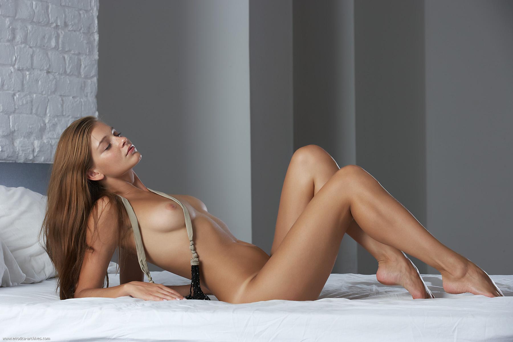 Girl on girl anal licking